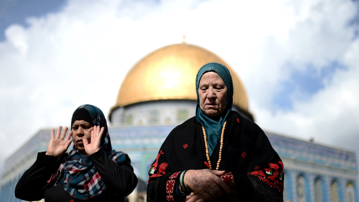 What It's Like to Be an Atheist in Palestine
