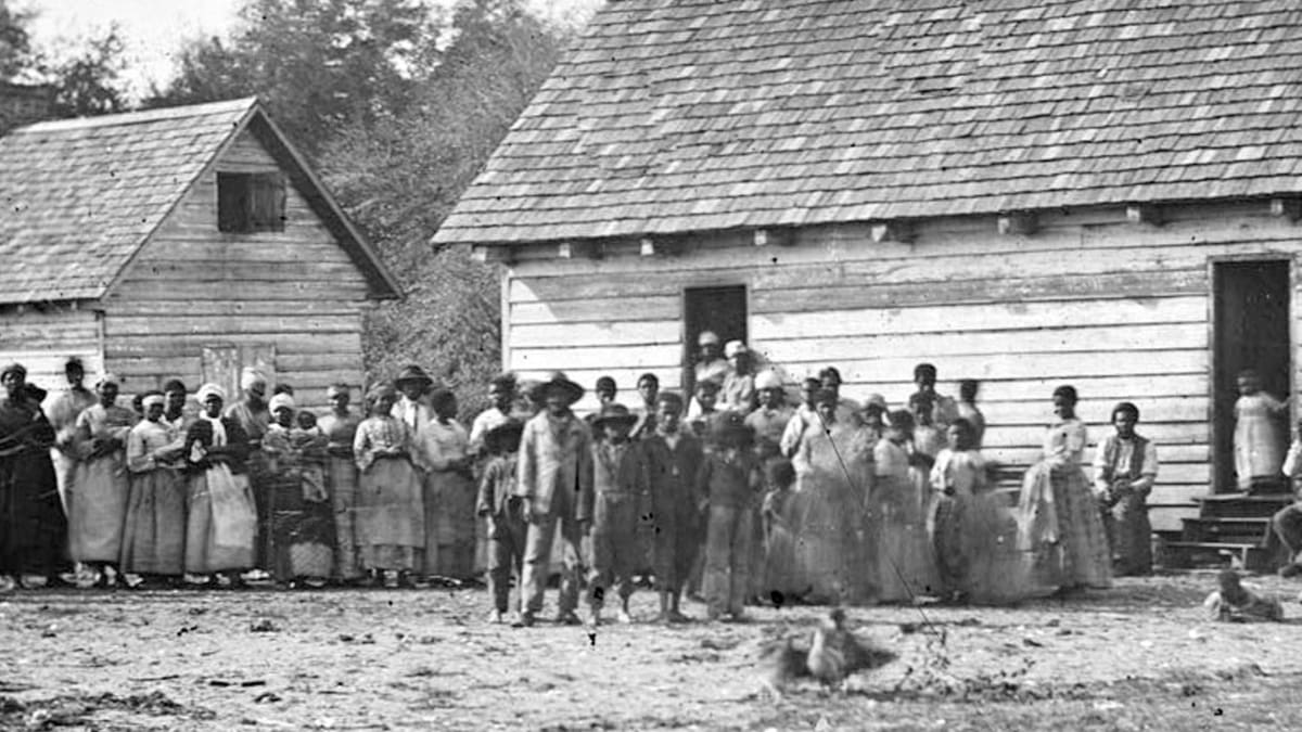 a discussion on the issue of slavery in the united states Dissolution of the country over the slavery issue at ratification of the constitution by delaying the conversation until 1808, does not translate into a similar discussion for the next generation, which was economically and socially dependent on slavery.