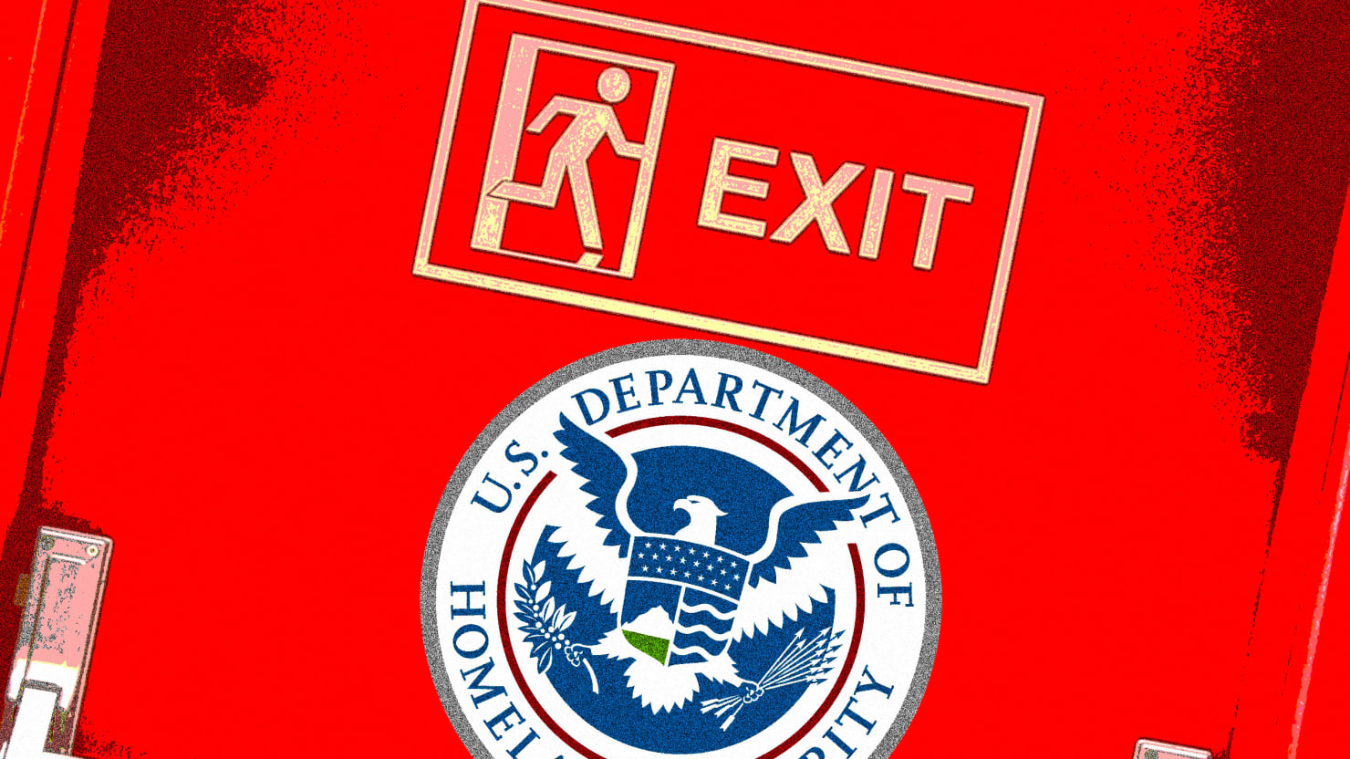 Dhs top leaders in hiding staffers say as the trump administration begins issuing executive orders on immigration the department of homeland security faces a skeletal leadership structure awash buycottarizona