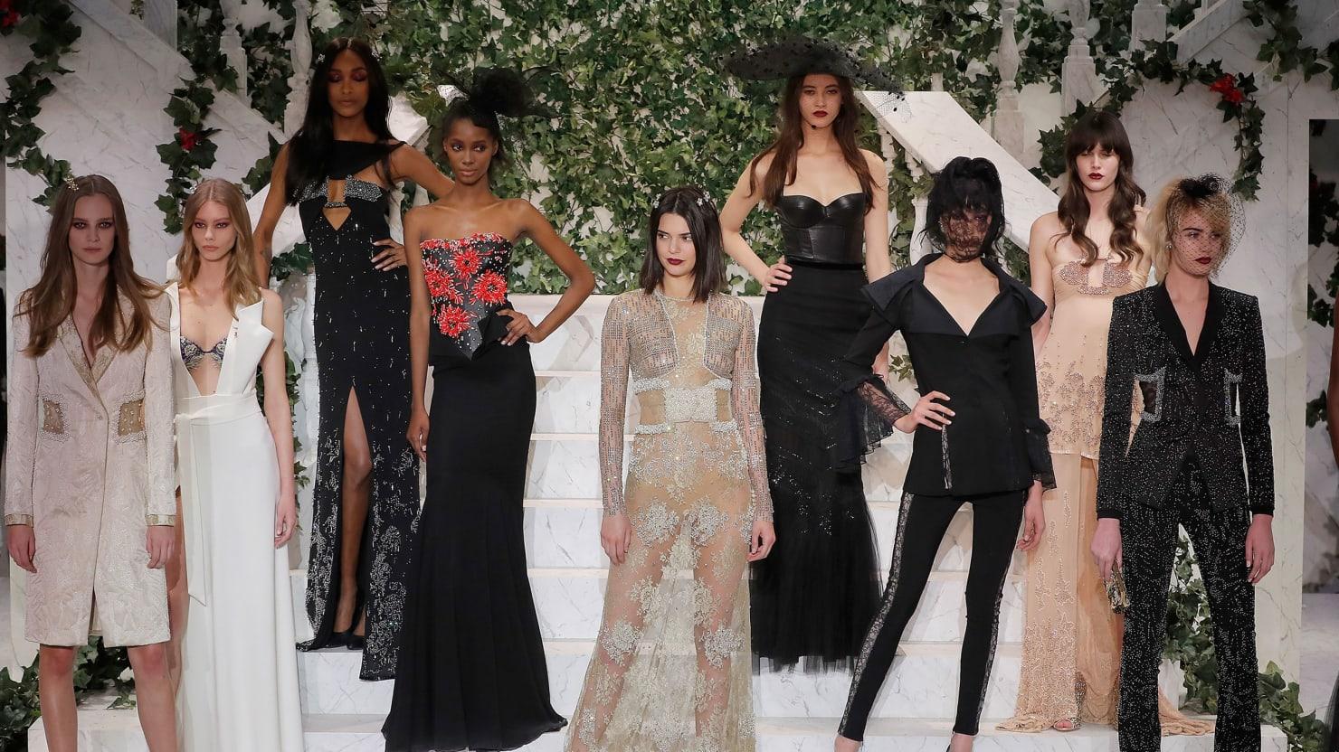 Kendall Jenner\'s NYFW Show-Stopper: Reviews of La Perla, Cinq à Sept ...