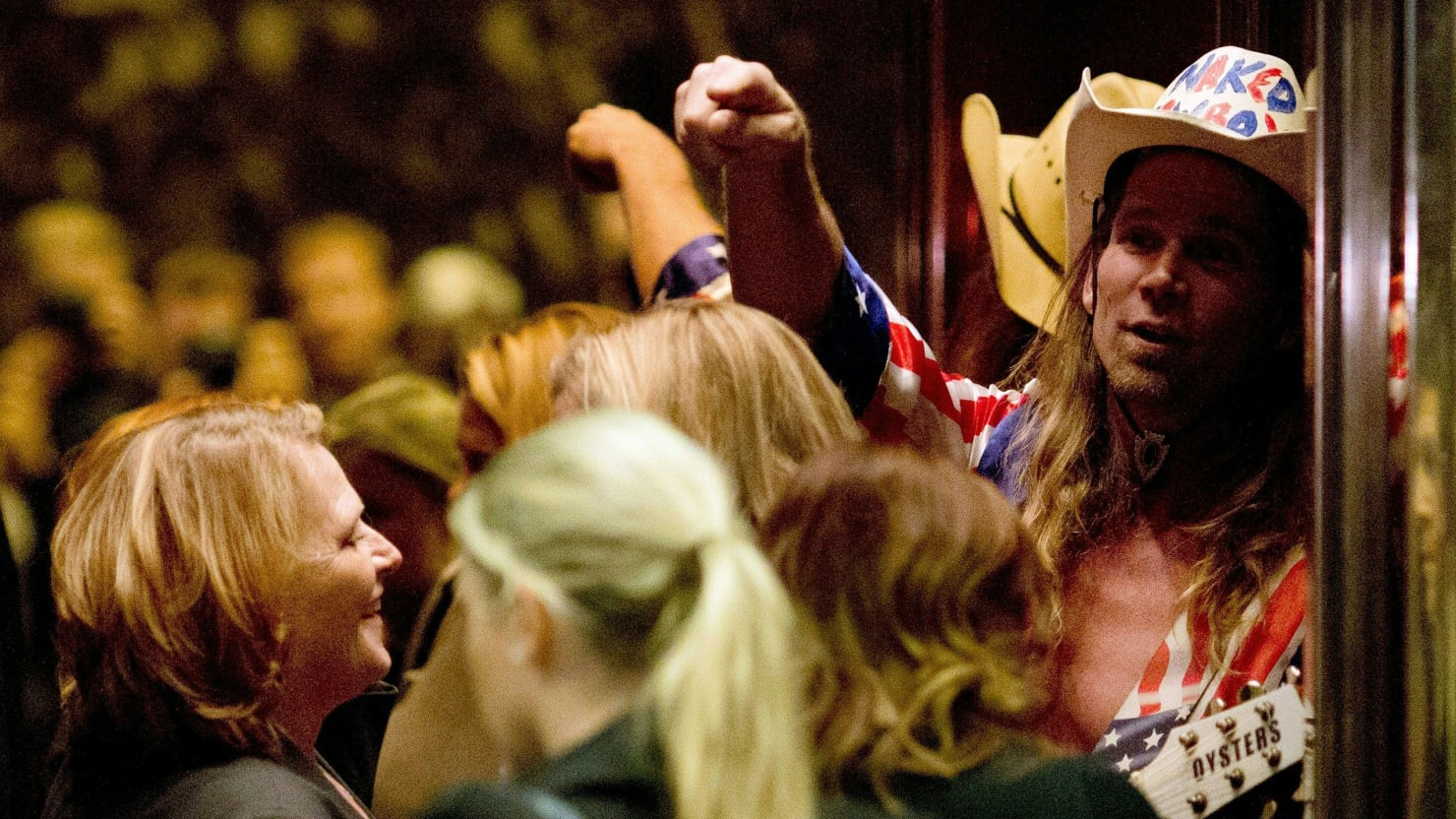 WATCH: Heitkamp comes face-to-face with Naked Cowboy on