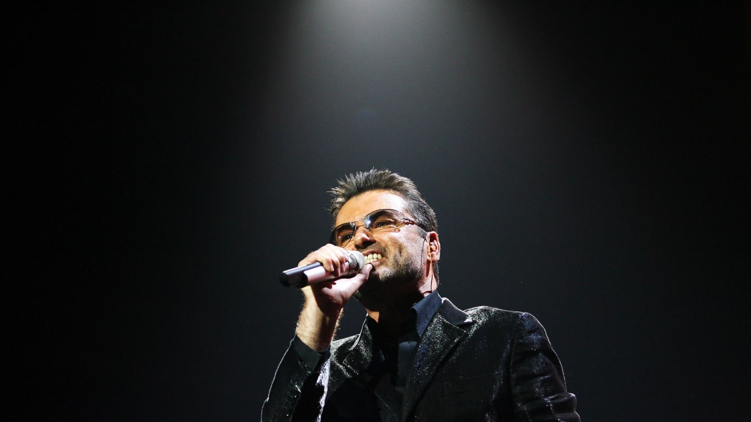 Last Christmas\' Played as George Michael Died: The Song\'s Unlikely ...