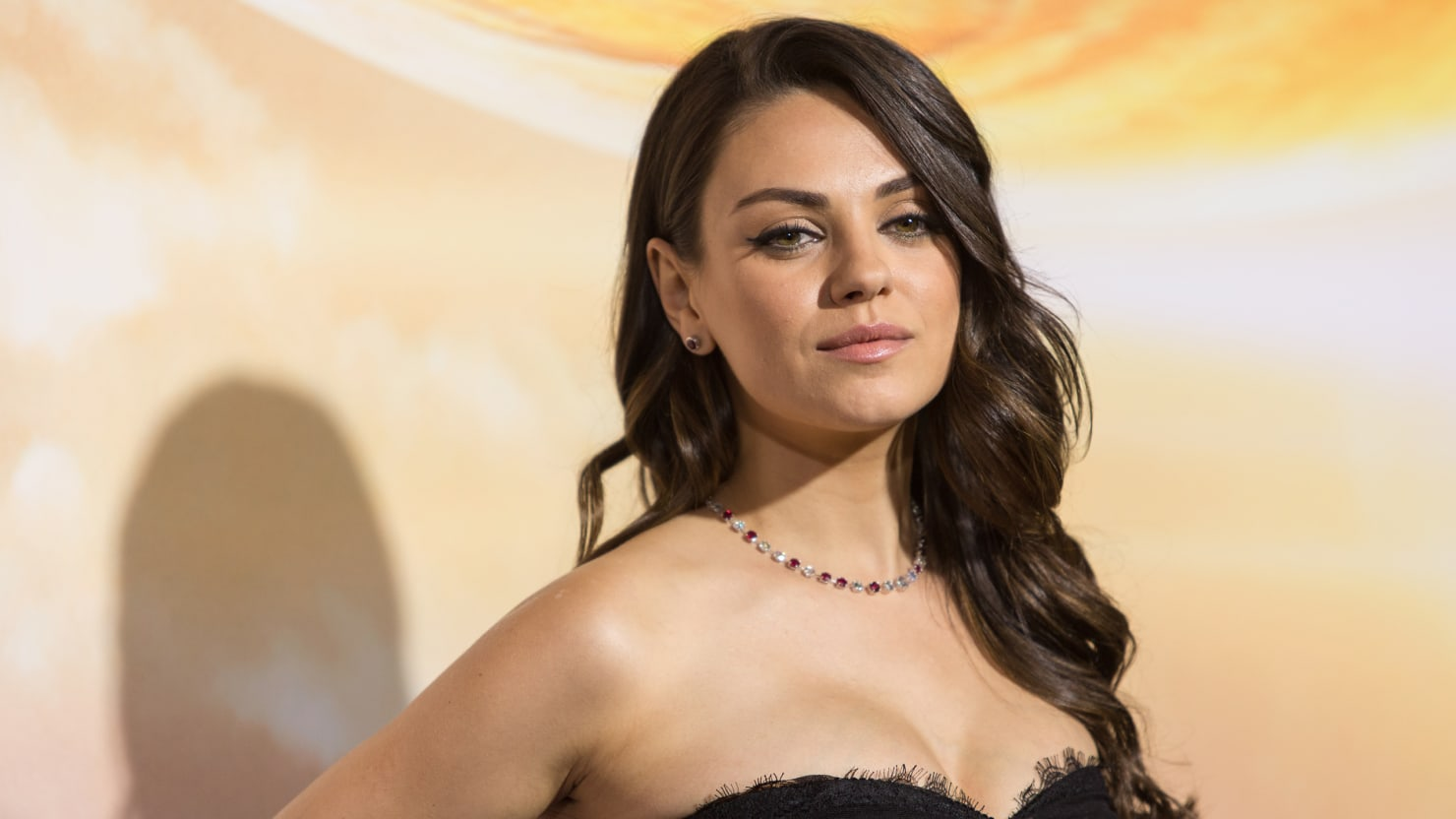 mila kunis calls out sexist hollywood producer in open letter paul