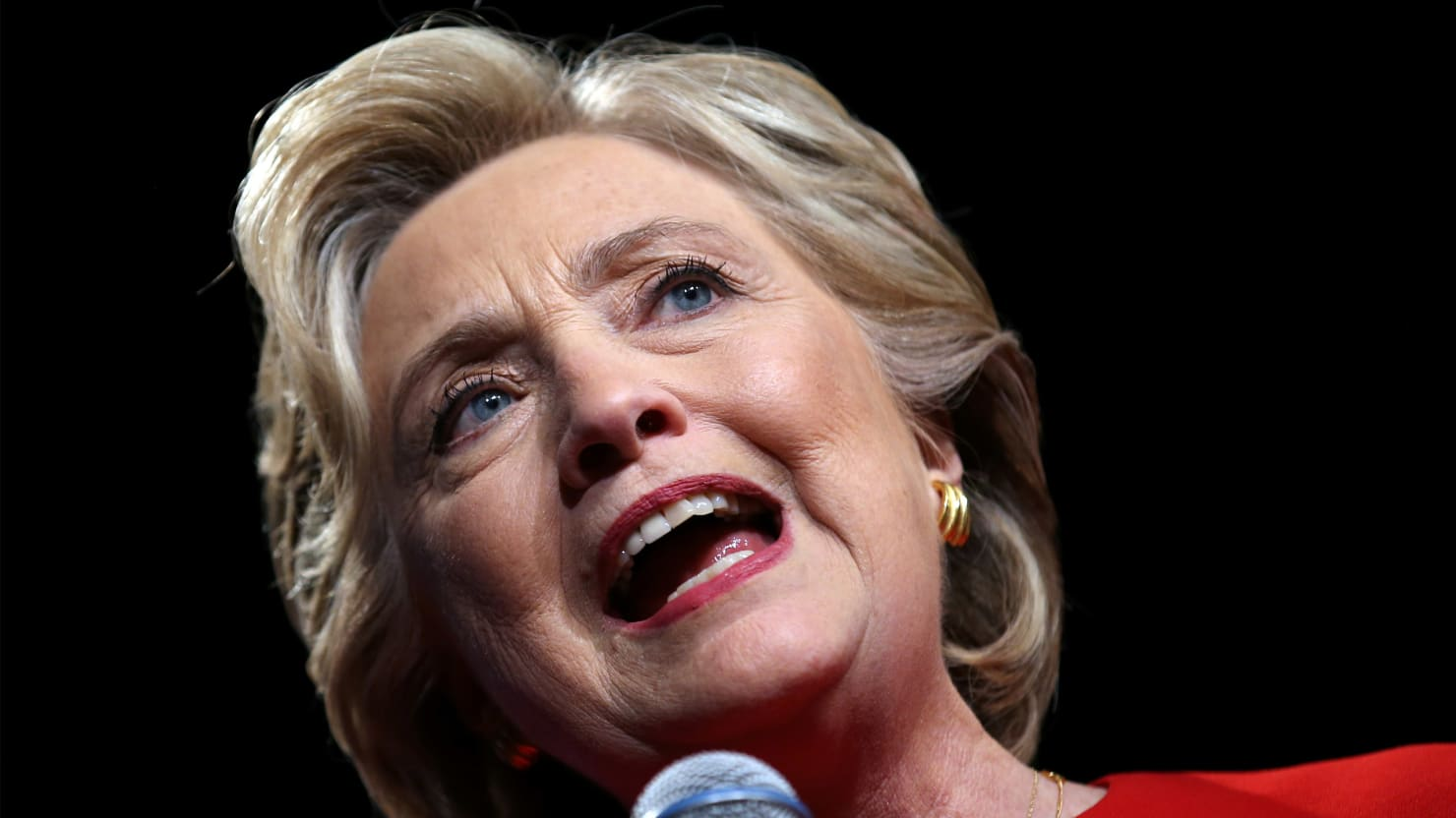 Did Hillary Insult Sanderistas as 'Basement Dwellers'? No—Just the Opposite