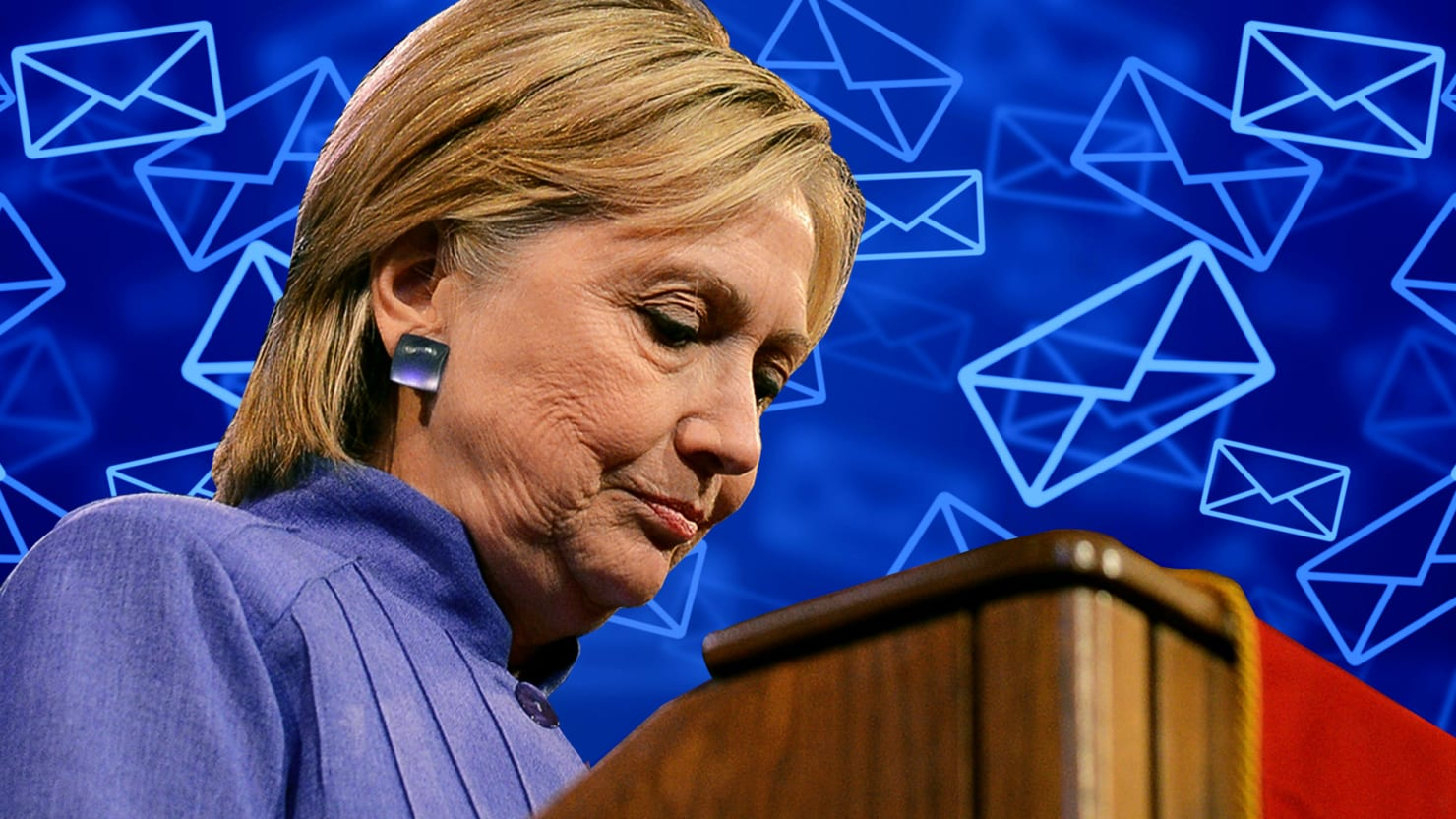 Hillary Clinton's Team Lost a Laptop Full of Her Emails in the Actual Mail