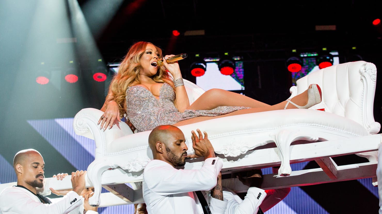Mariah carey now has her own entrance music let us celebrate the greatest diva ever - Mariah carey diva ...