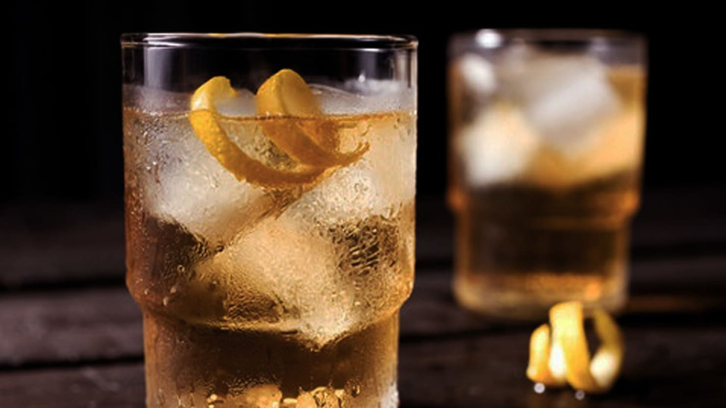 The Right Way to Drink Scotch in the Summer