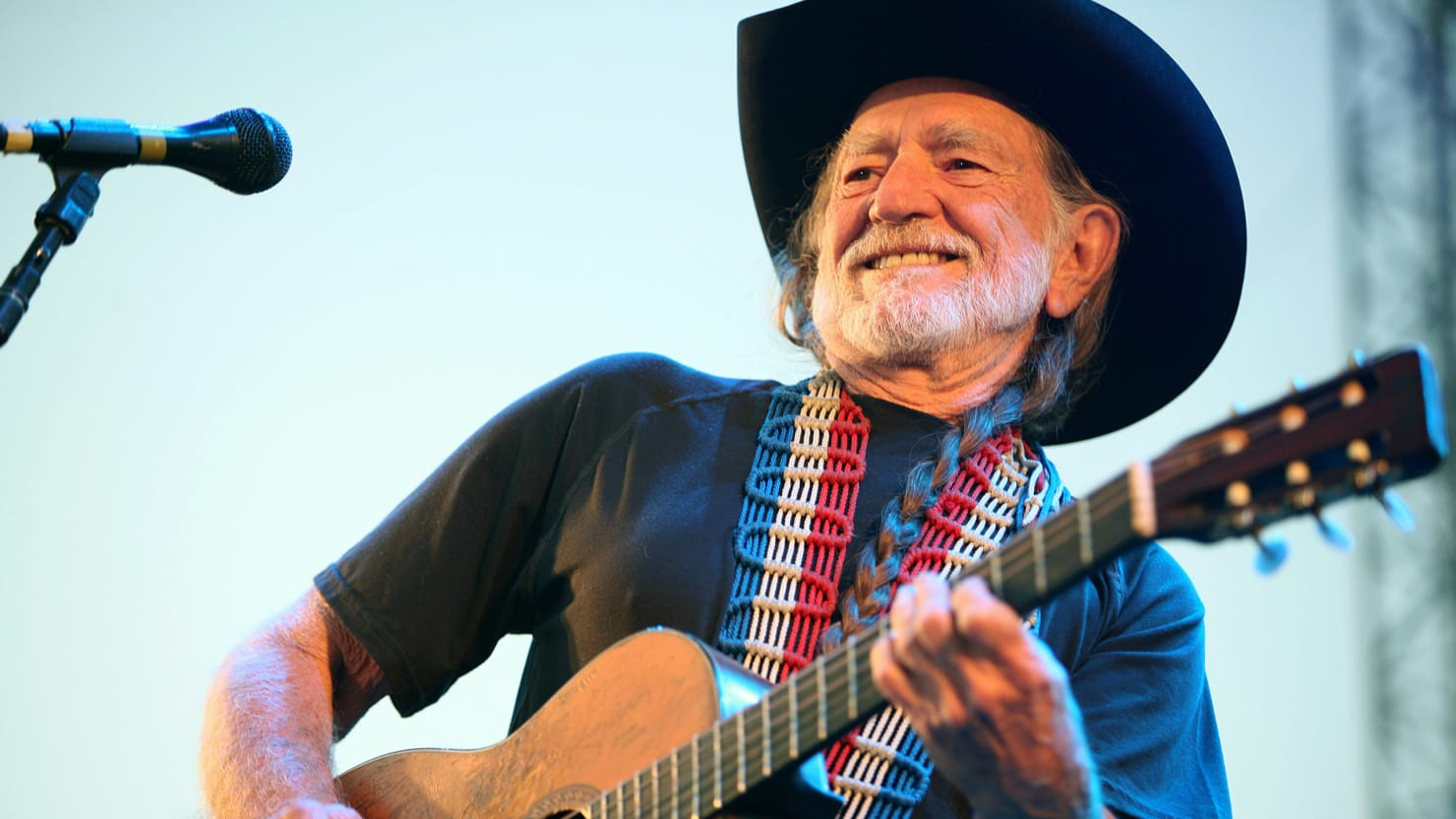 The King of Americana: How to Get Willie Nelson's Signature Style