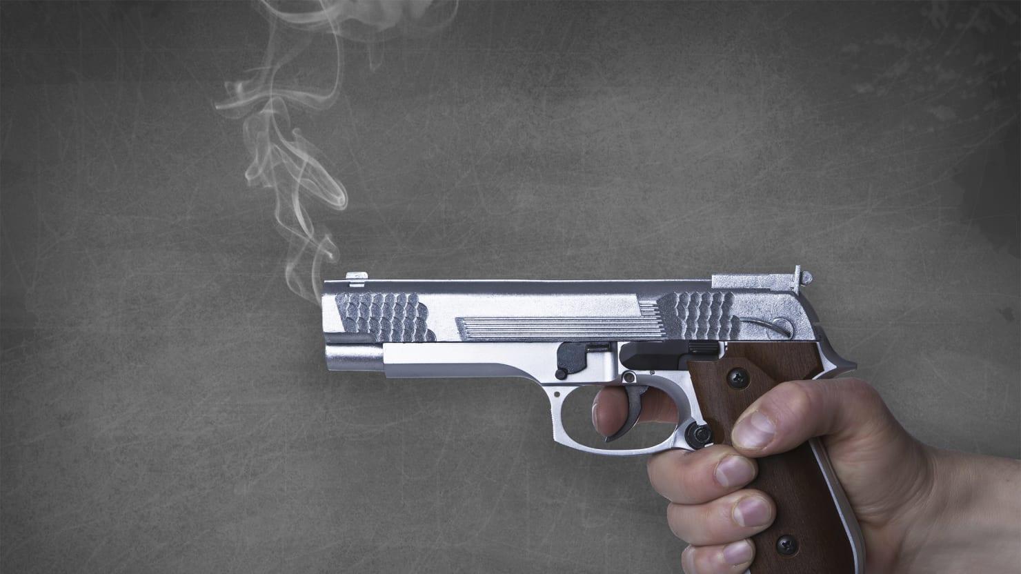 Gun-Dealing Ninth-Grade Teacher Traded Sex for Grades