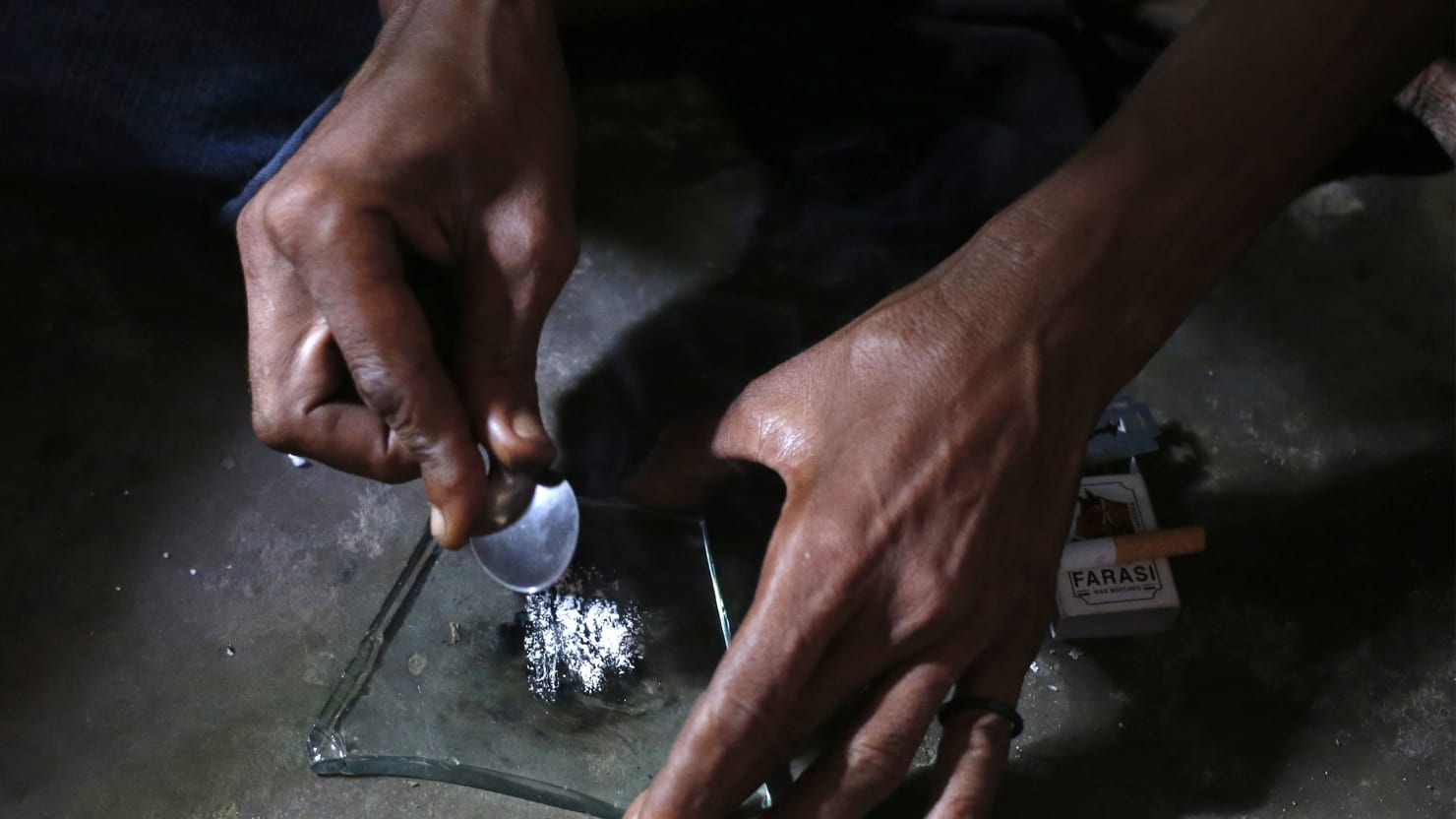 How to Survive the Heroin Epidemic