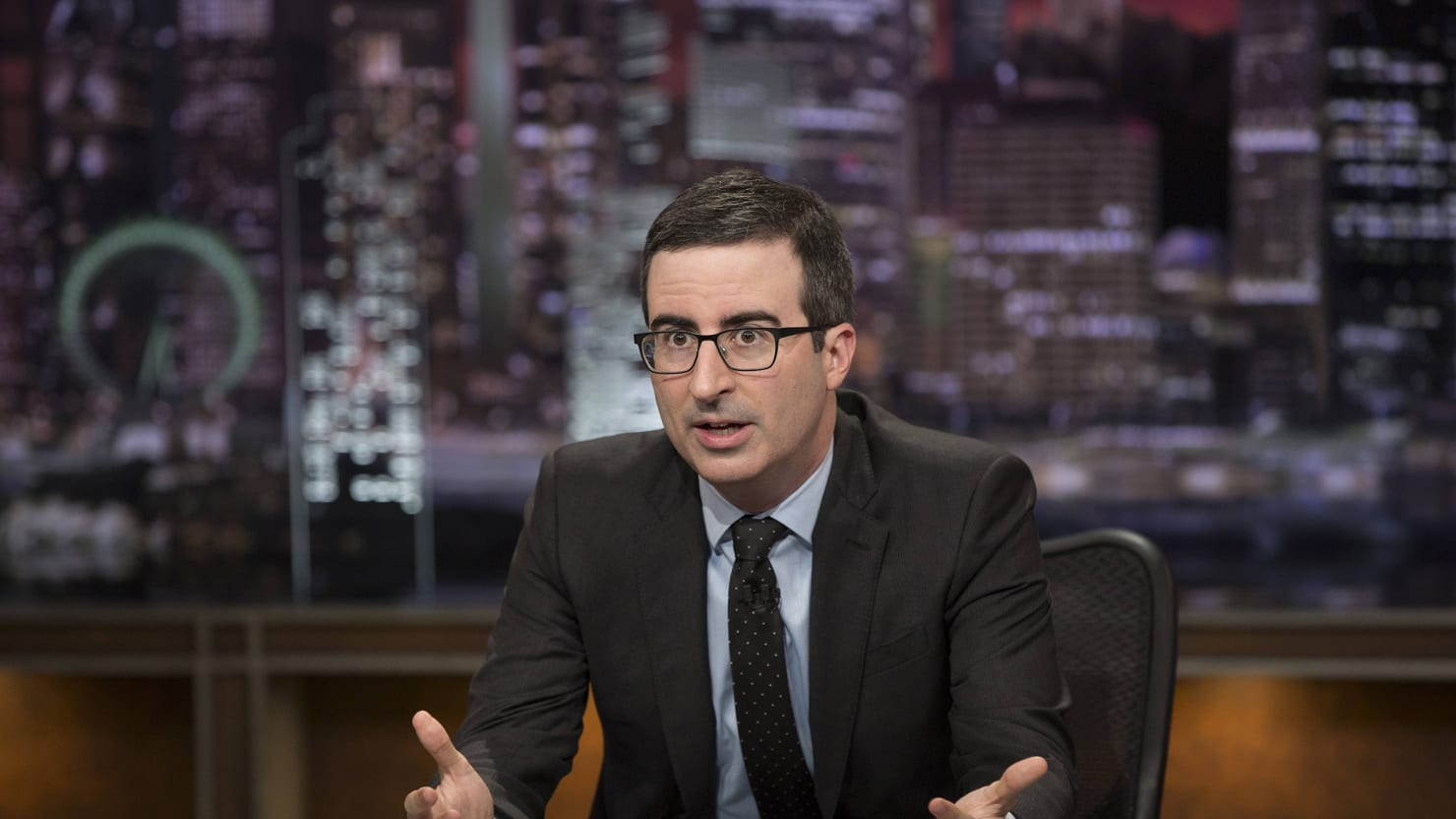 John Oliver Slams Toyota Over Isis Trucks Toyotas Are Being Used As Instruments Of Death