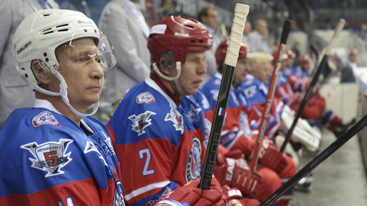 Putin celebrated his birthday, scoring seven goals in a hockey match 10/07/2015 71