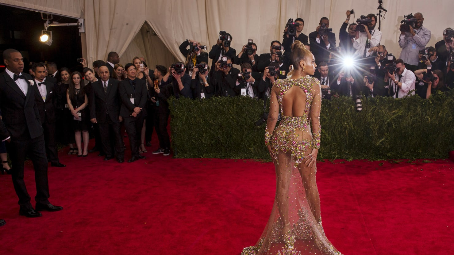 How Nearly Nude Celebrities Took Over the Red Carpet
