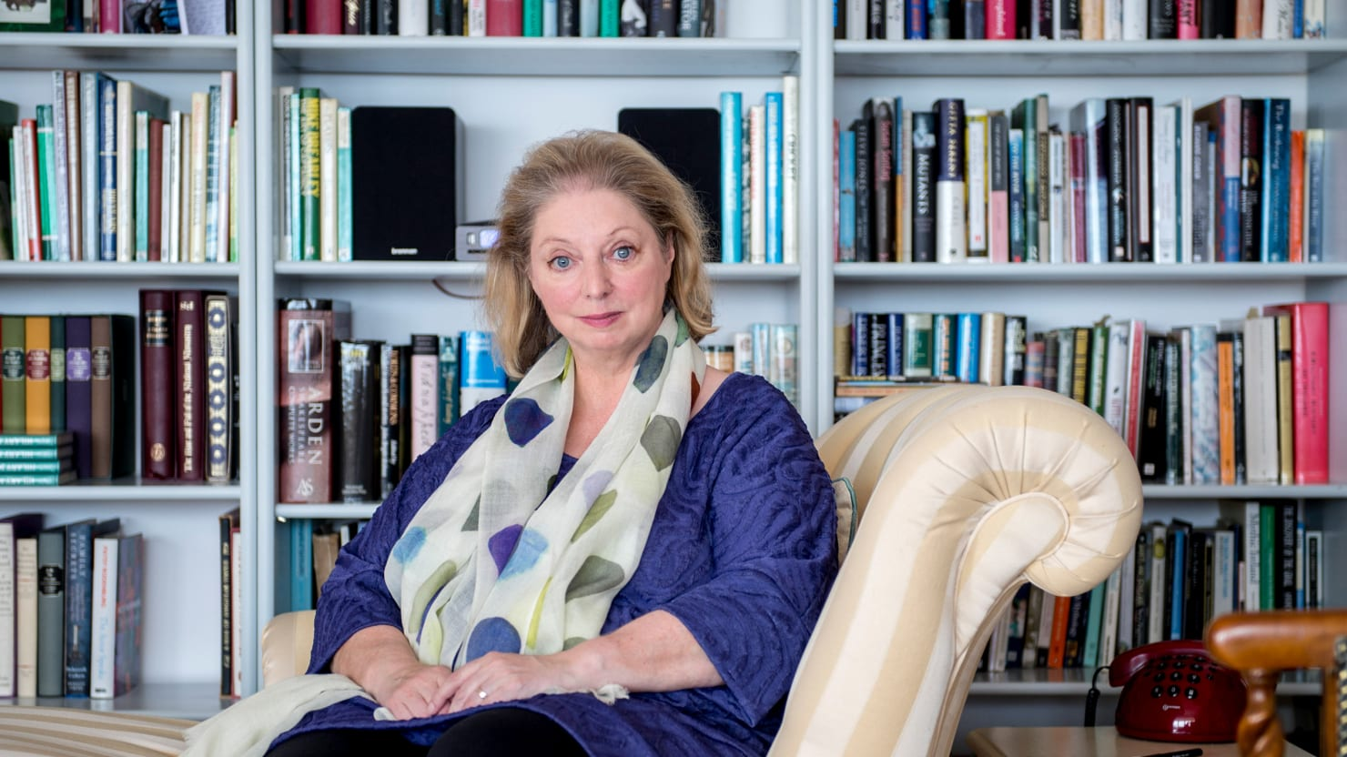 Mirror light hilary mantel release date