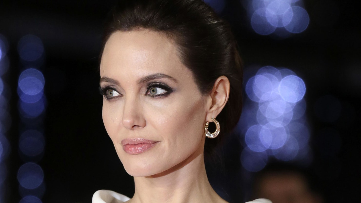 Why Angelina Jolies Surgery Isnt For Everyone