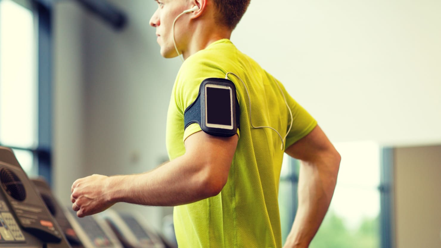 Why Apps Might Be Just as Good as Wearables for Tracking Steps