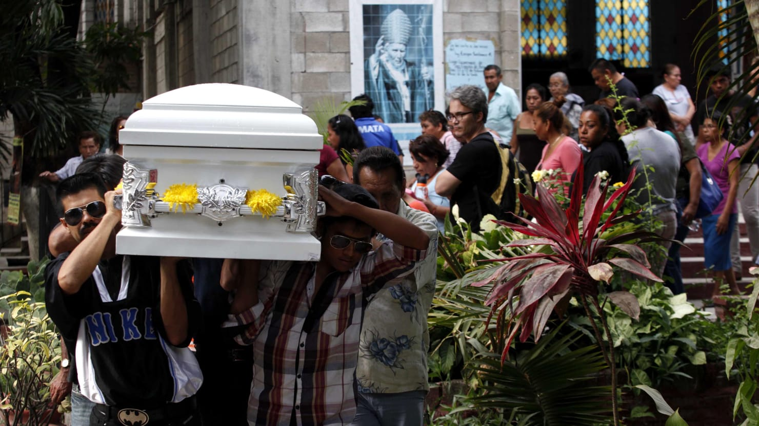 Mexican activist murdered while walking in funeral procession izmirmasajfo