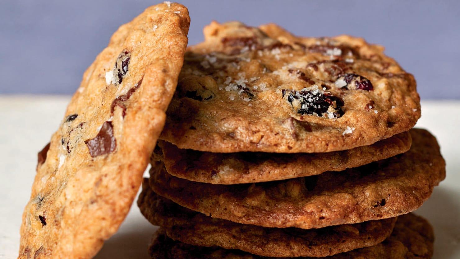 Make These Barefoot Contessa Salty Oatmeal Chocolate Chunk Cookies