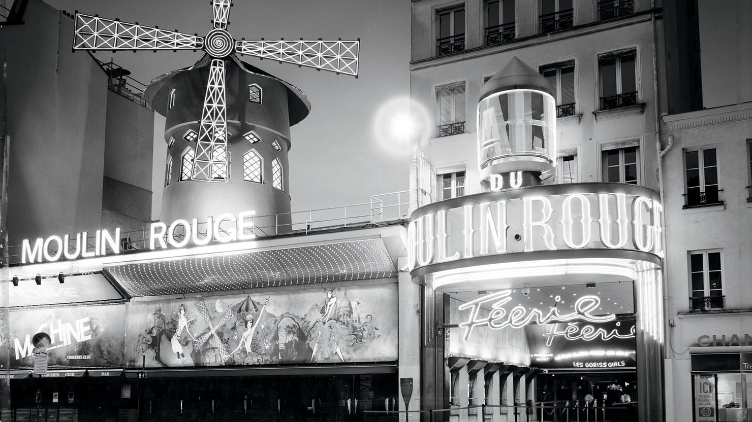 Paris, City of Light, in Black and White (Photos)