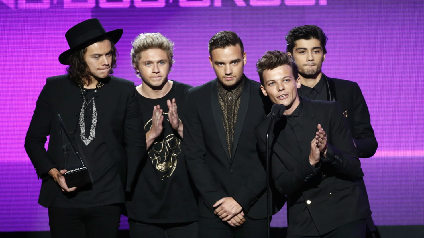 One Direction Win Favorite Pop/Rock Band,Duo or Group ... |One Direction Amas 2014