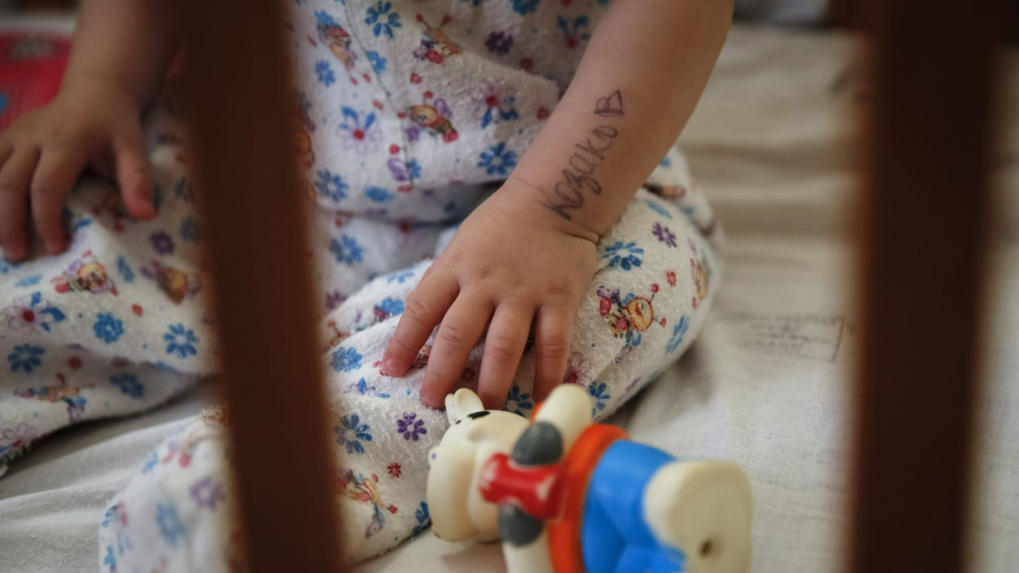 Couple Sues Over Russian 'Bait-and-Switch' Adoption of ...