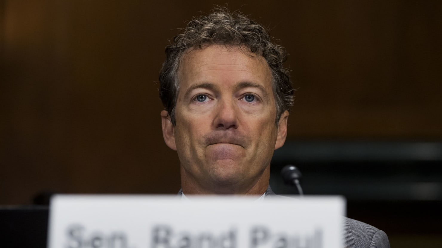 Rand Paul Eats Up Hoax That John McCain Met With ISIS