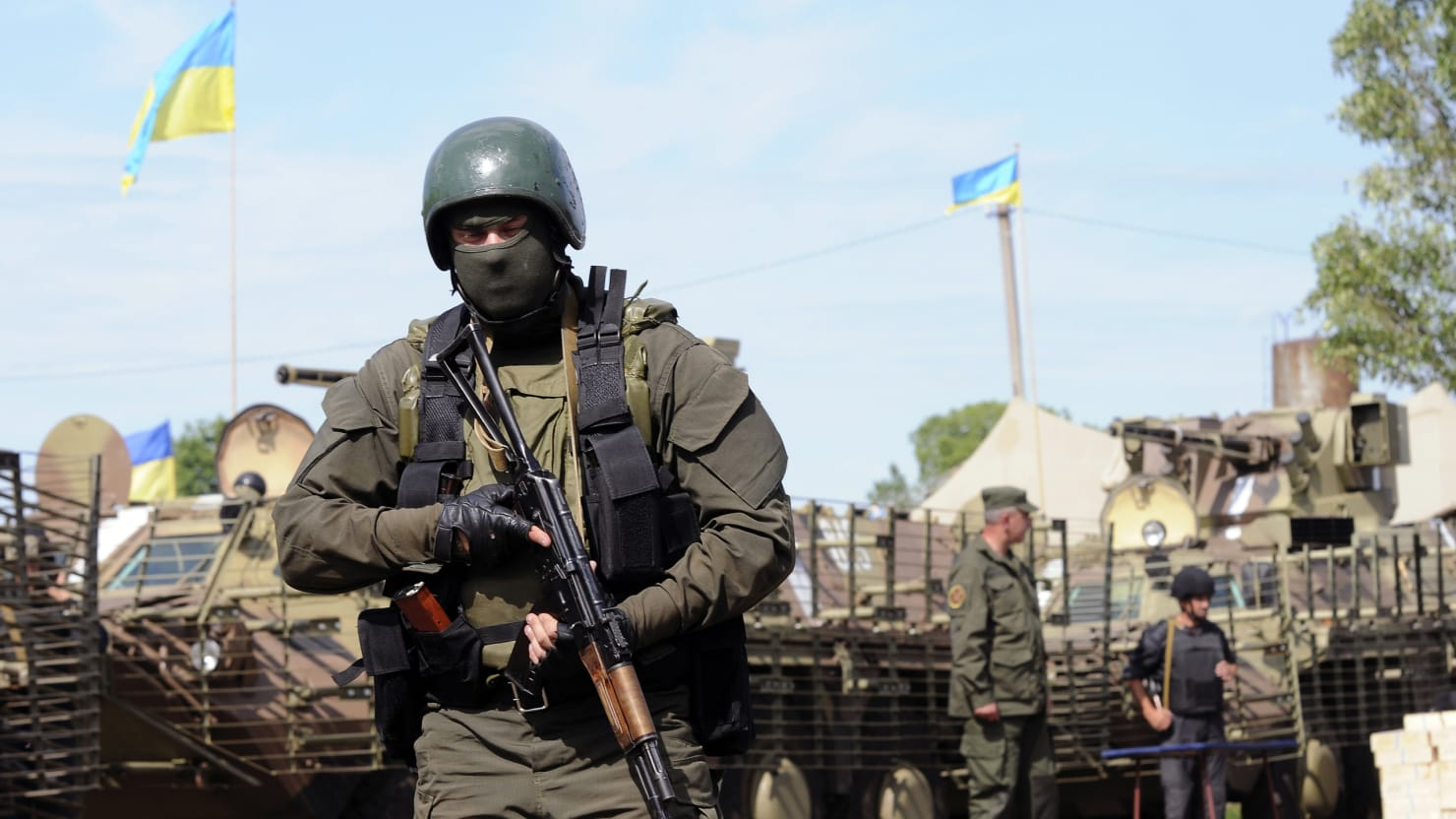 Ukraine Wants to Seal Its Russian Border