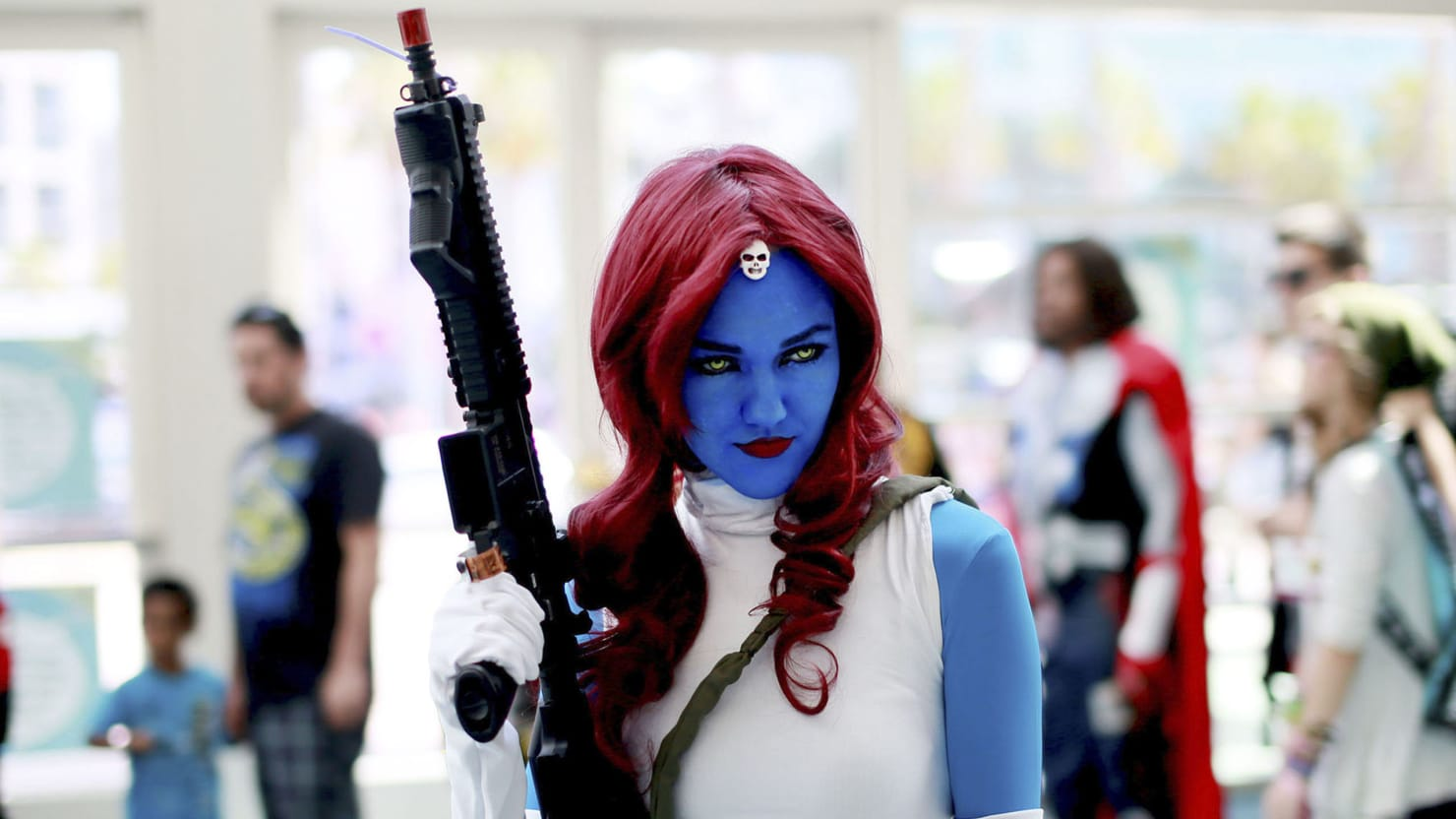 These Comic-Con Costumes Will Blow Your Mind   Glamour