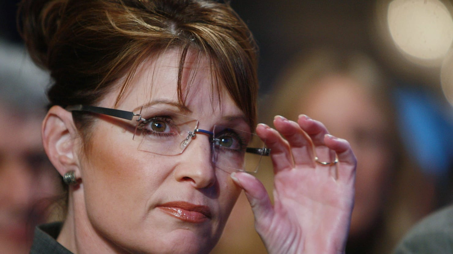 essay sarah palin By telling barbara walters that she thinks she can defeat president obama, sarah palin has dimmed hopes cherished by sensible republicans that she might decide against a run for the white house in 2012.