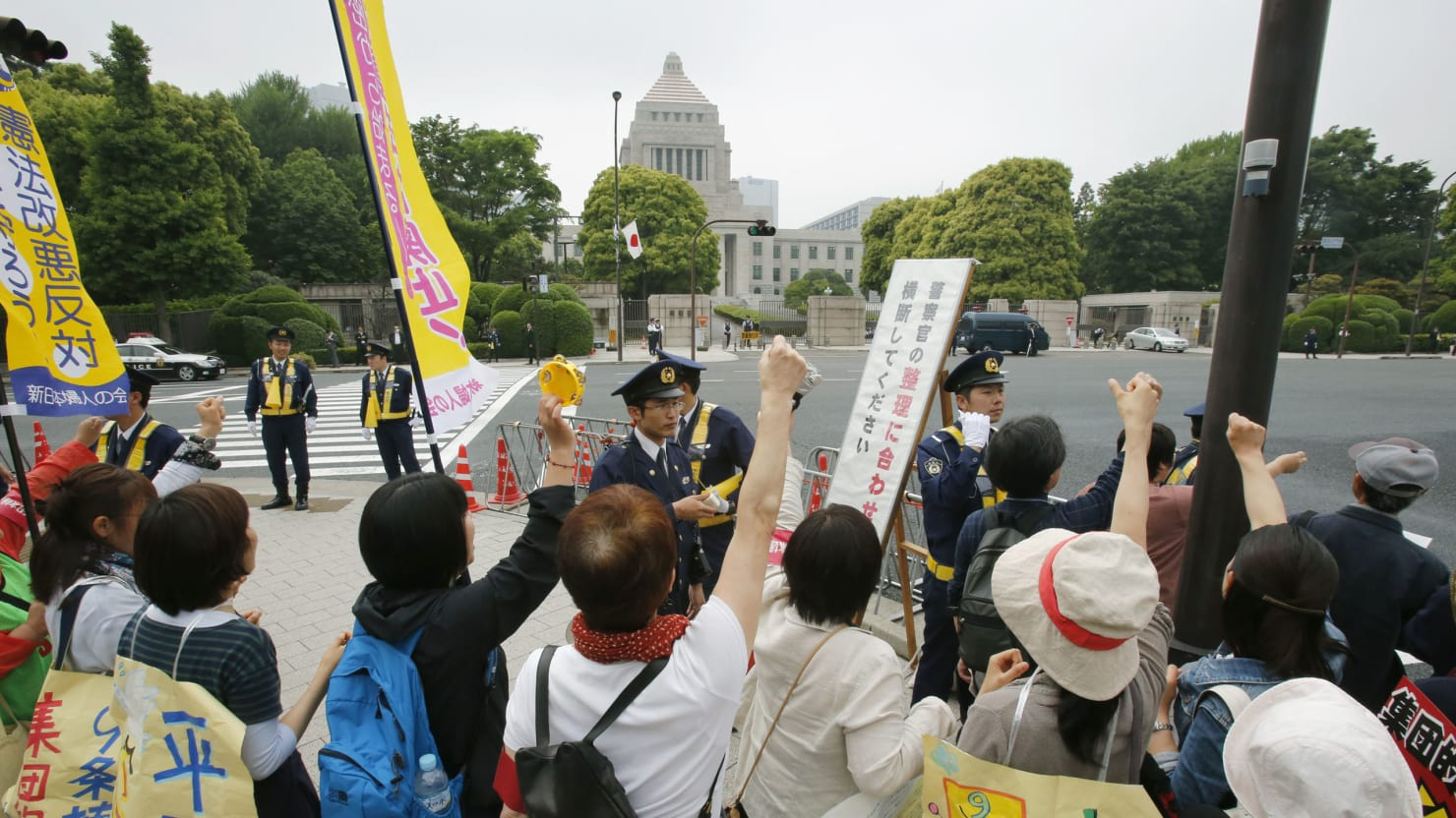 Japanese Women Tell Their Men They Have to Choose Between Love and War