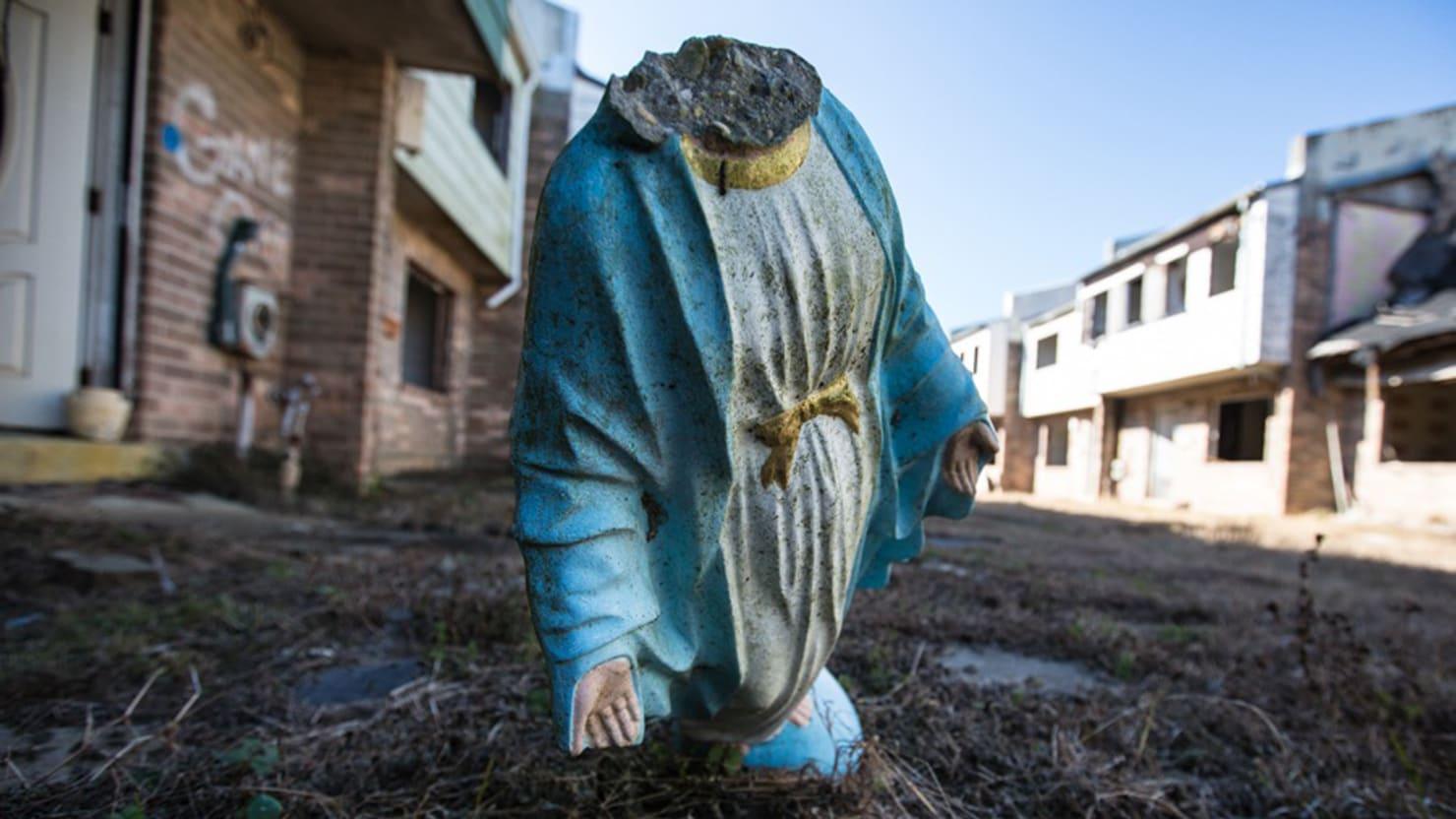 Ghosts of Katrina: Blight in NOLA (PHOTOS)