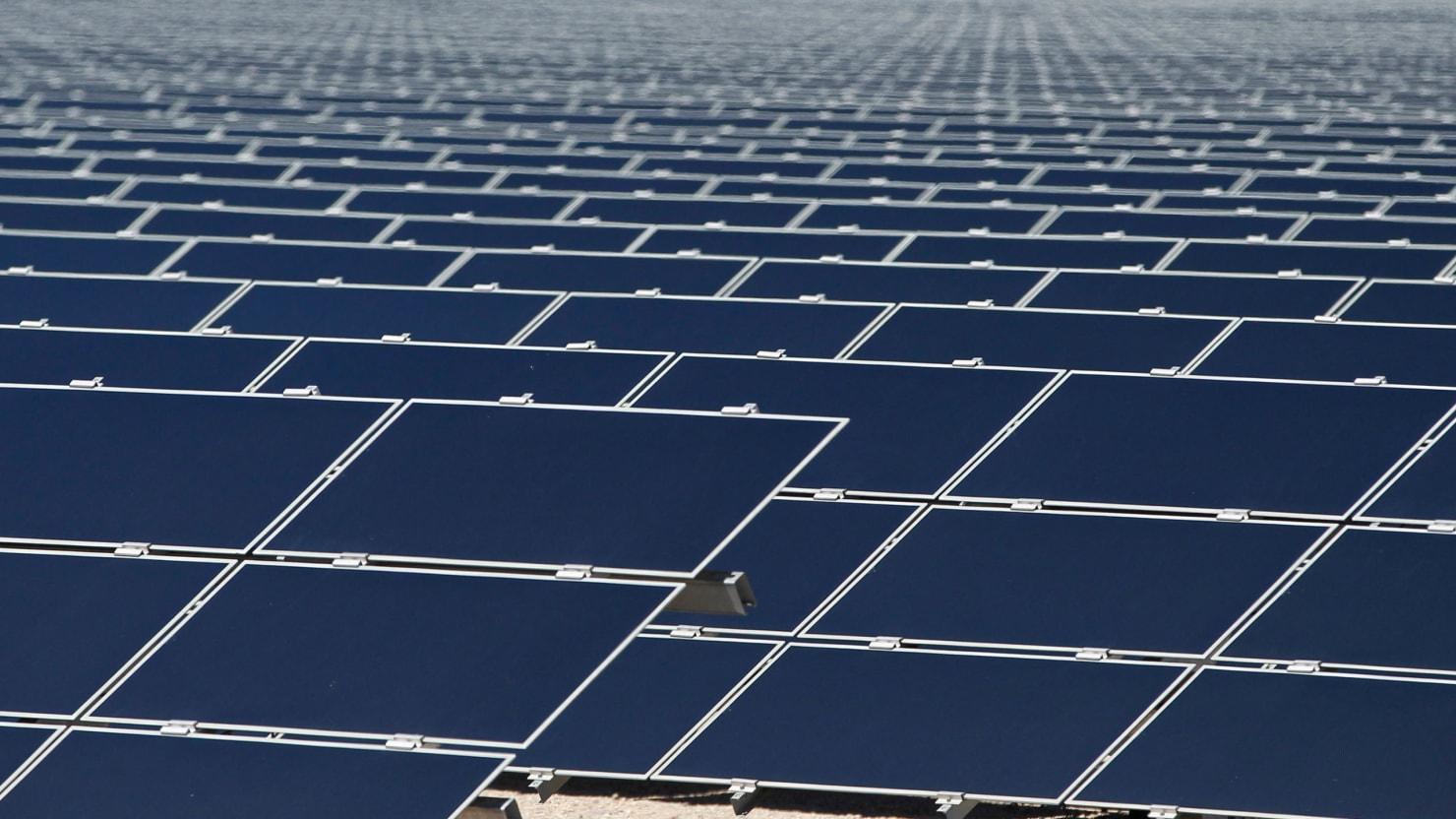 Solar Power Burns Old Utilities Business Models