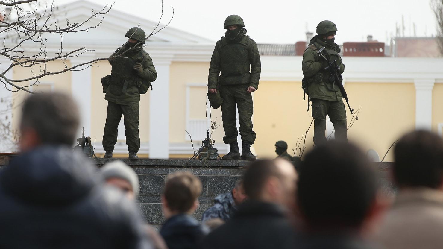 Crimeans Are Resigned To Pro-Russia Vote