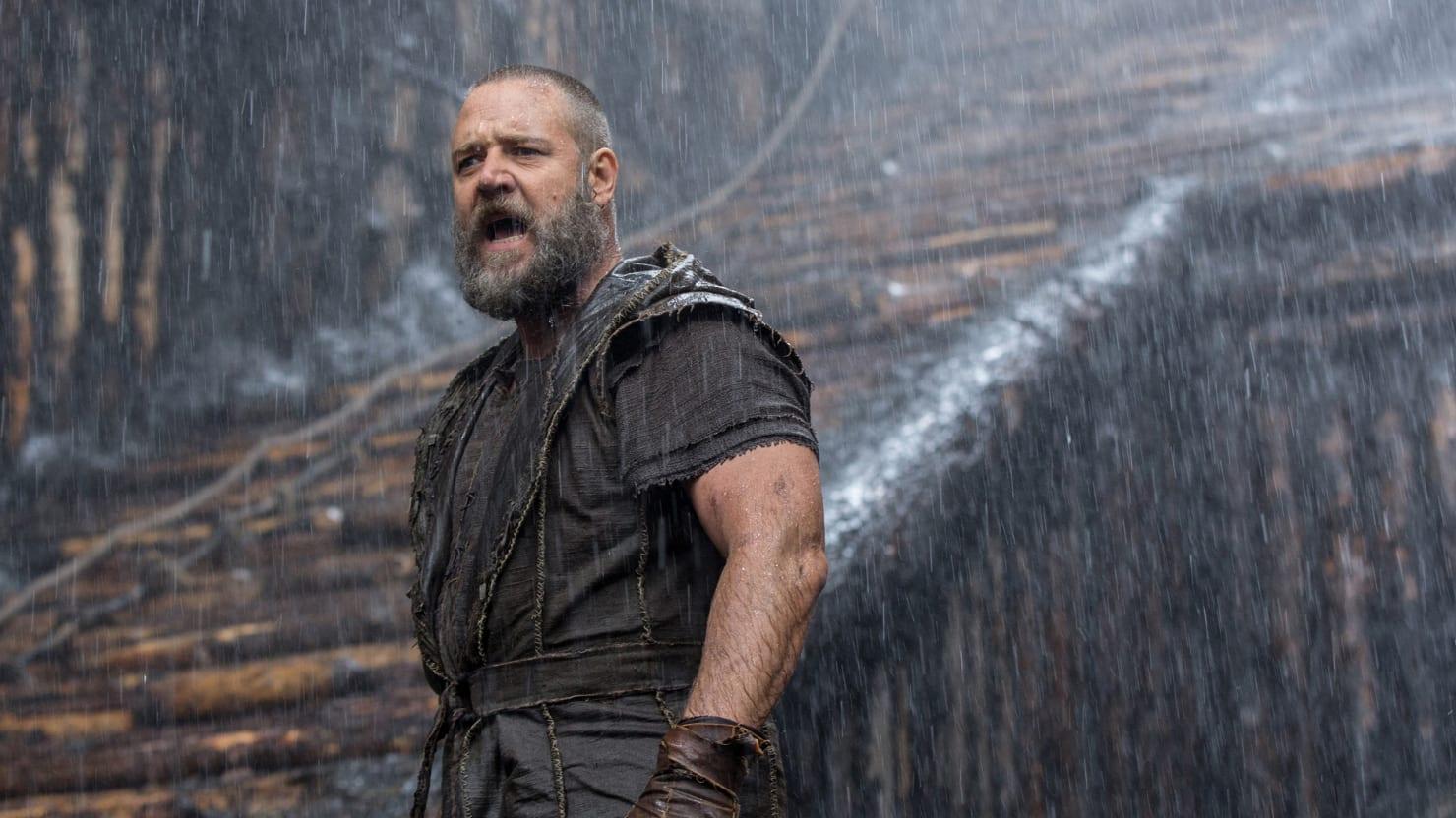 Russell Crowe Twitter Stalks The Pope To Get Noah Screening
