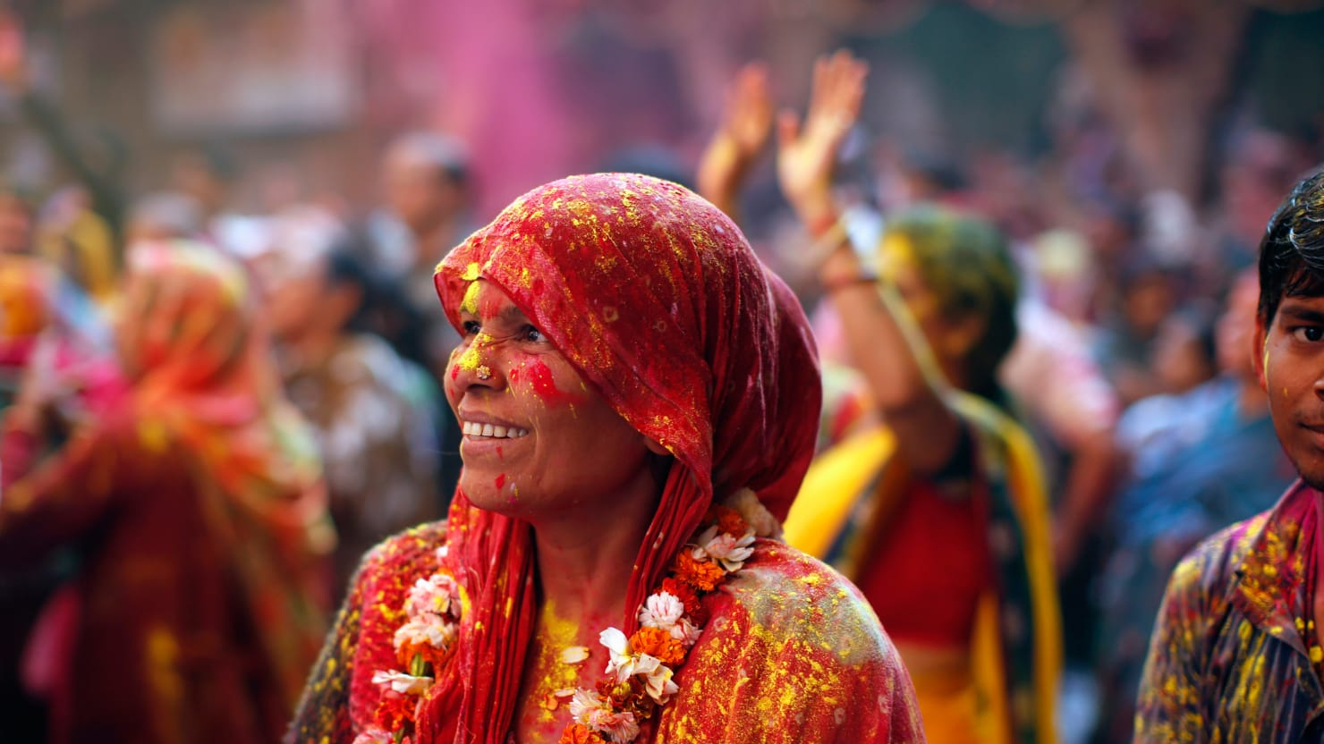 An Explosion of Color at Holi 2014 (PHOTOS)