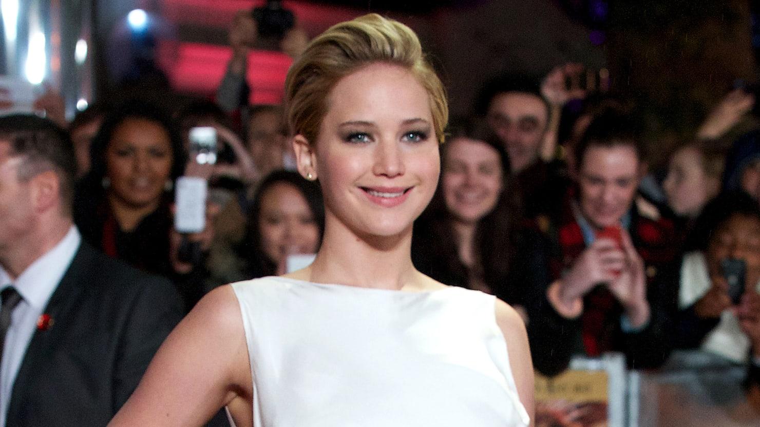 Watch Jennifer Lawrence Tell A Hilarious Story About Butt Plugs On