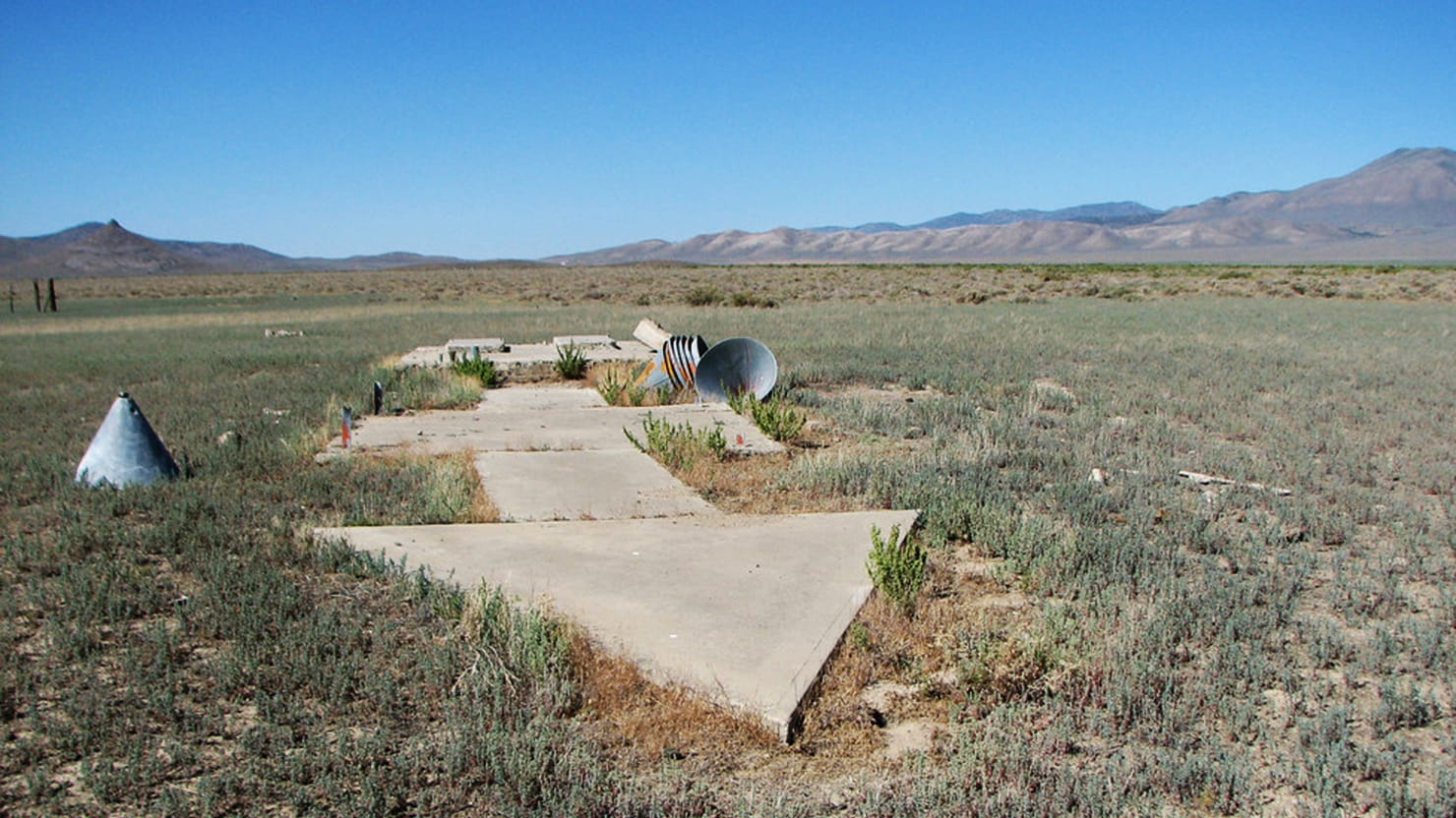 The Strange Arrows That Point the Way Across America