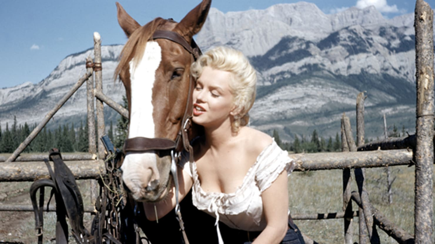 Never-Before-Published Photos of Marilyn Monroe