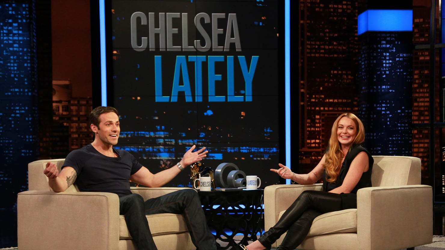 Lindsay Lohan, Spectacular on 'Chelsea Lately,' Is Alive Again