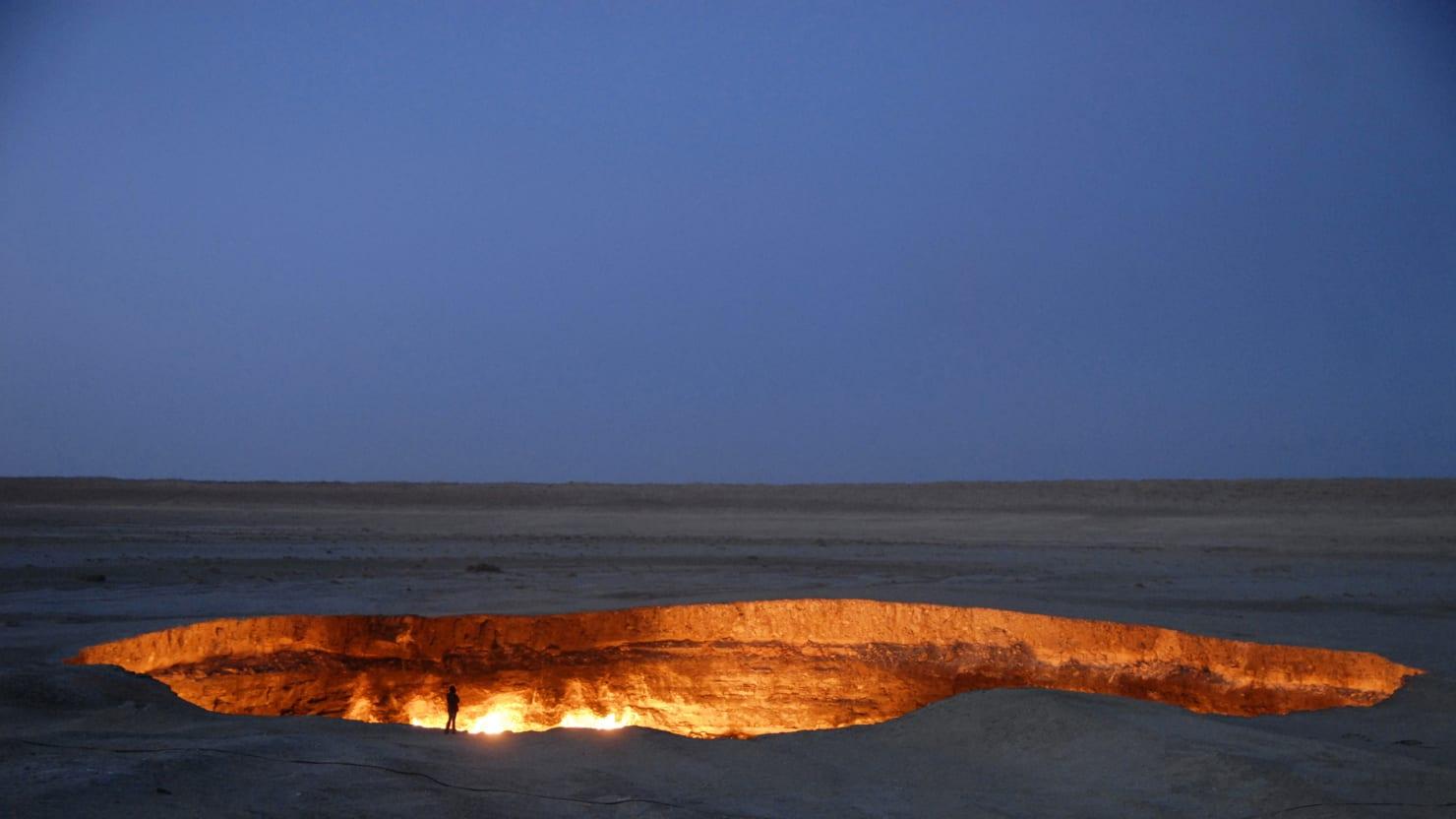 A Fiery Pit Rages in the Turkmenistan Desert