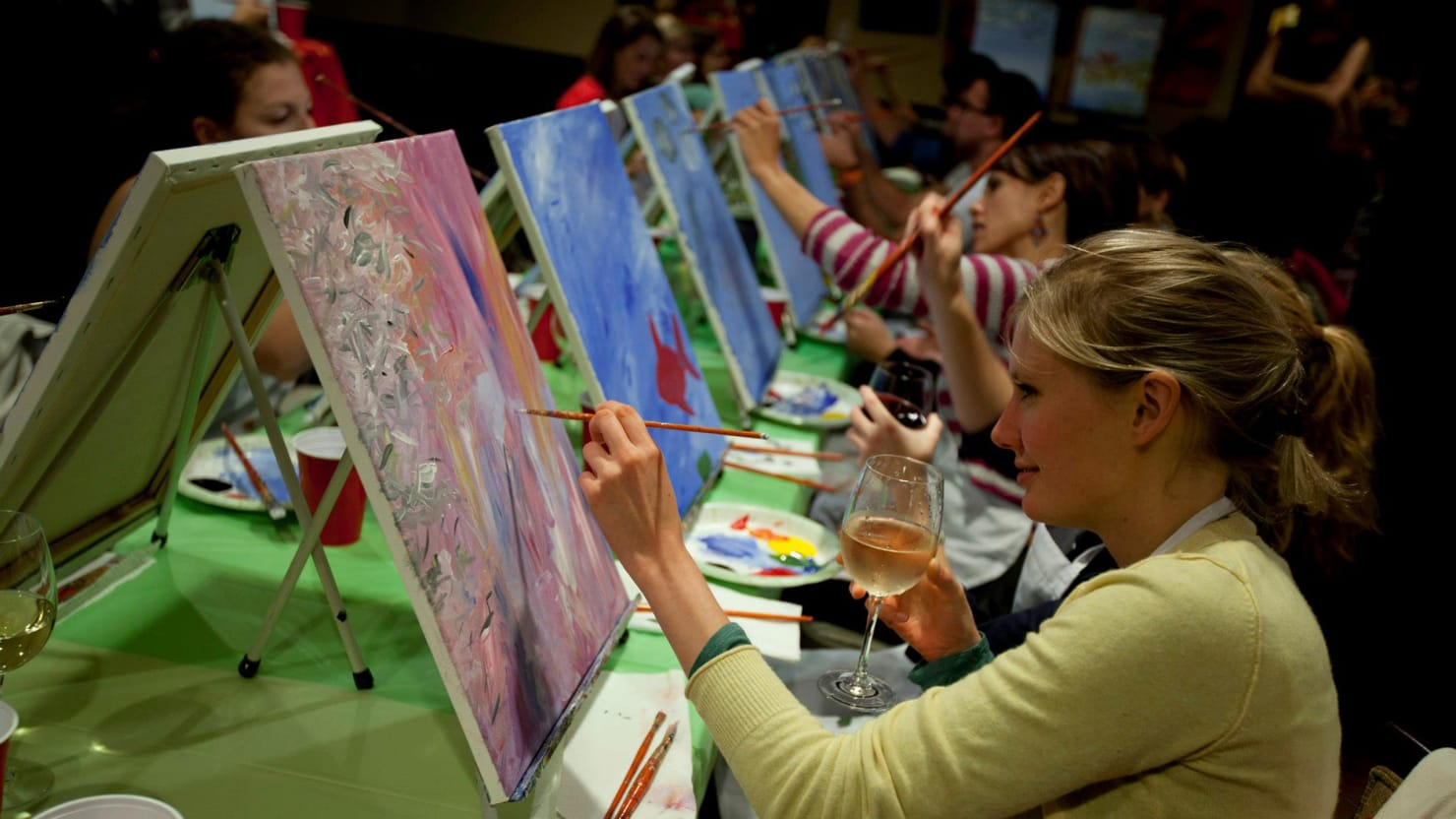 Paint nite combines art lessons and alcohol at bars and for Painting while drinking wine