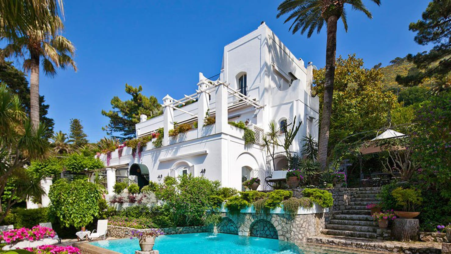 Rent This Mediterranean Villa (Photos)