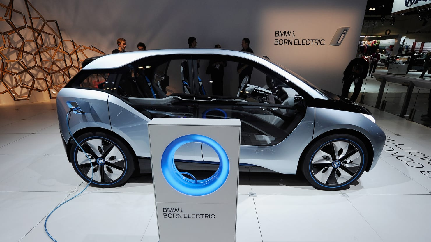 Bmw Challenges Tesla With New Electric I3 Car