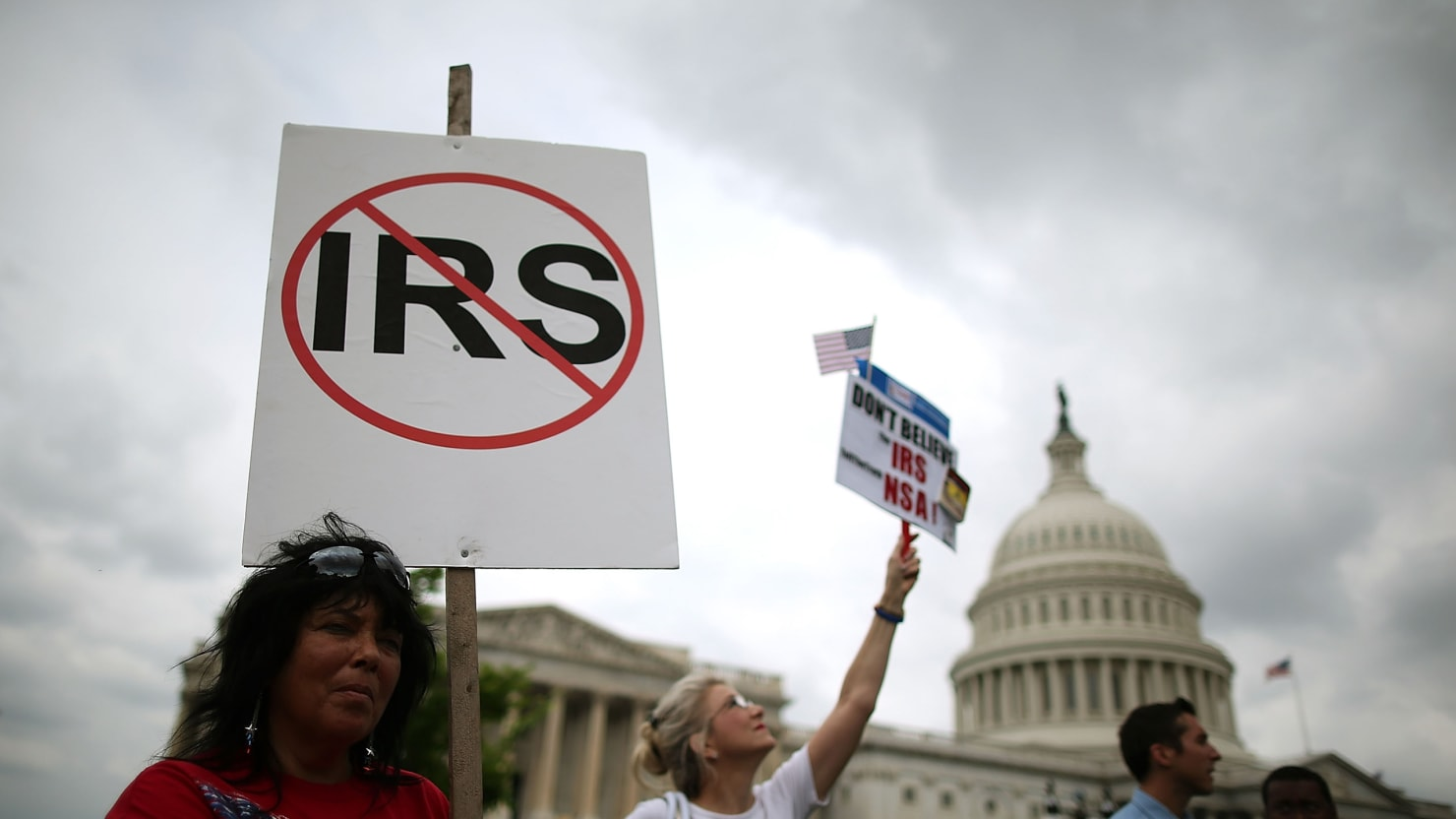 IRS Investigator In Political Crossfire