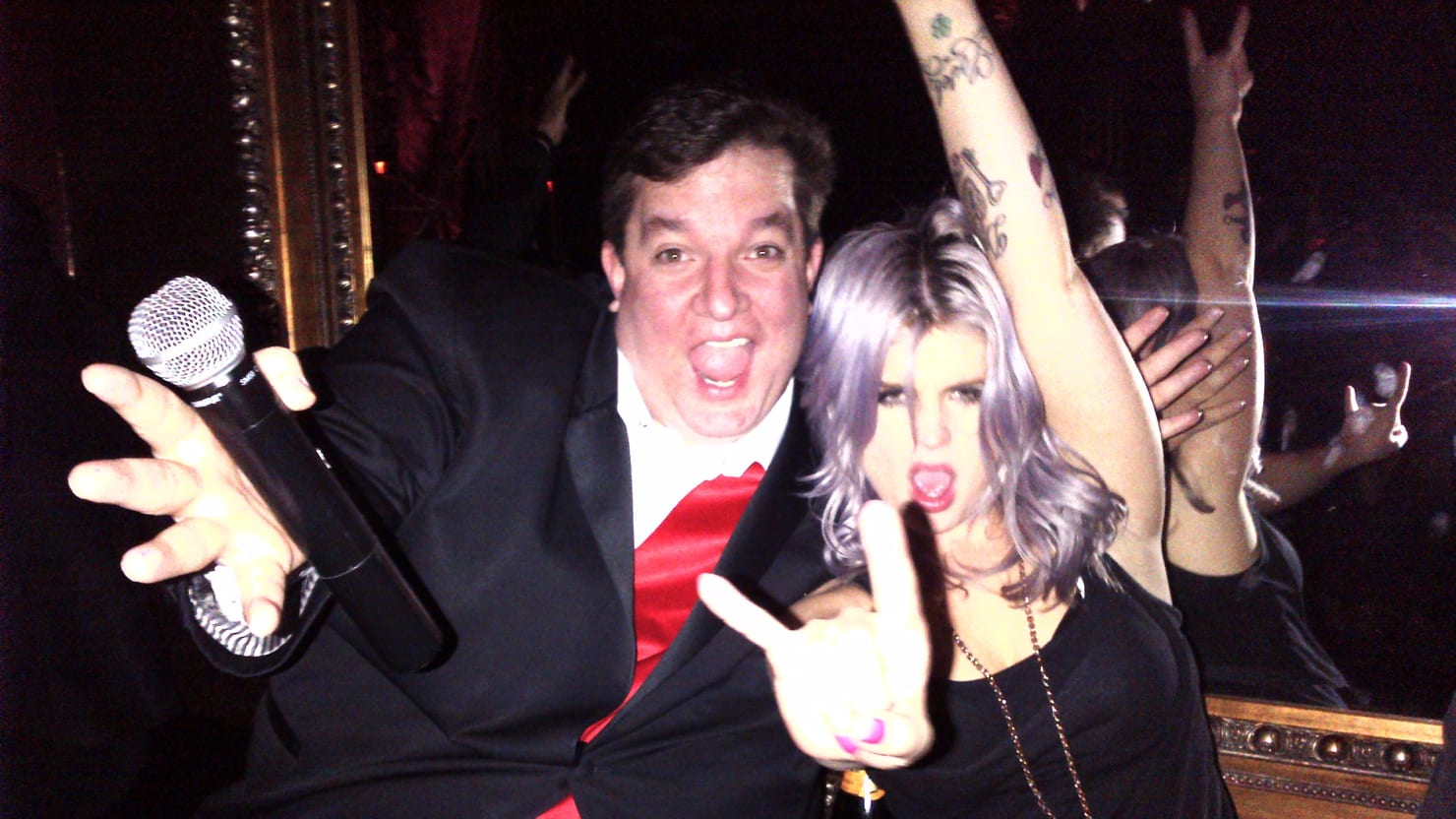 Beacher's Madhouse: Wildest Club in Los Angeles, Featuring Miley Cyrus, Bill Maher, More