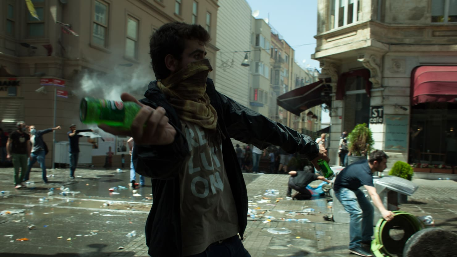 Istanbul Erupts In Violence After Protests Against Razing Of Gezi Park
