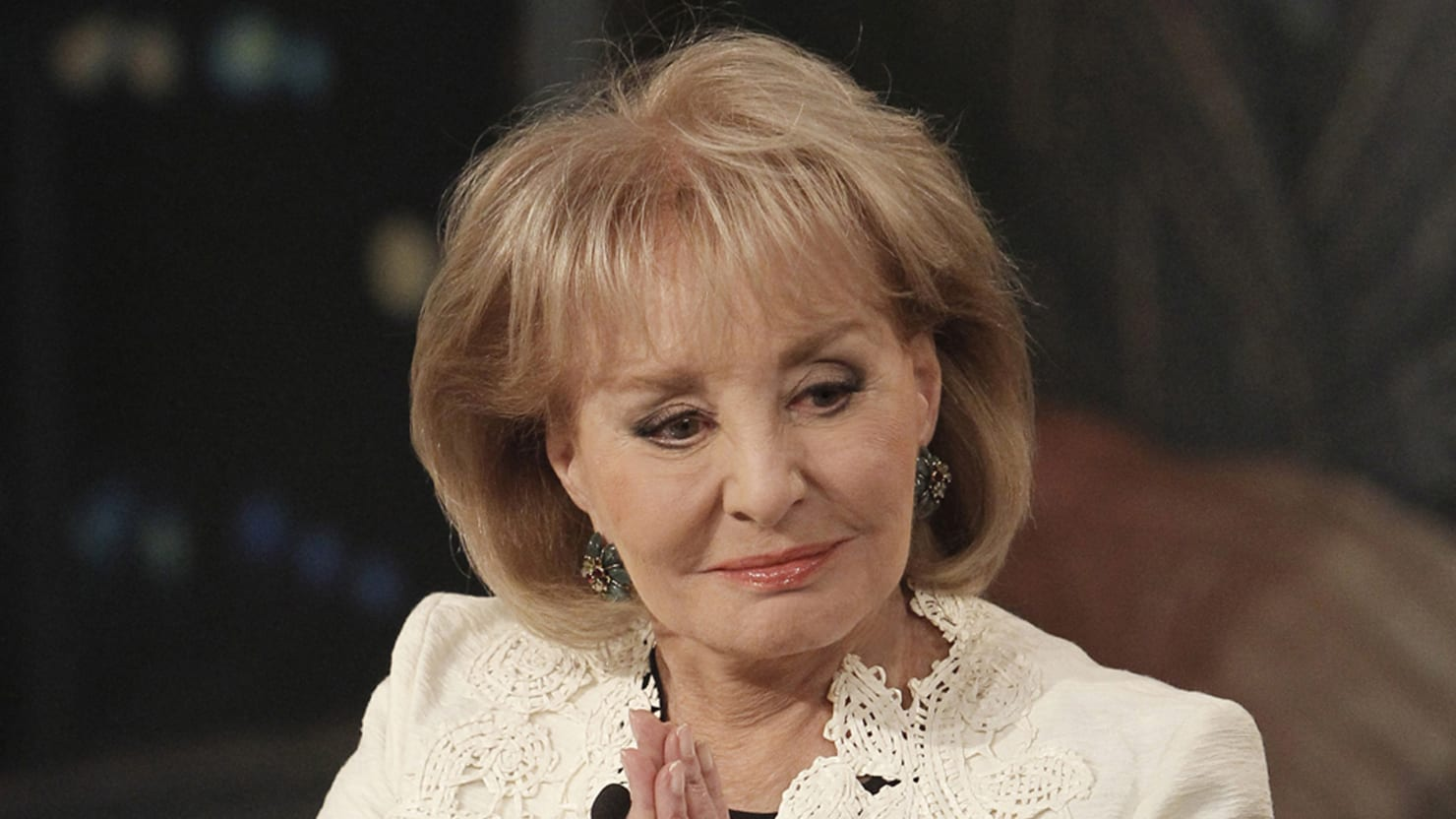 As Classy as Ever, Barbara Walters Announces Her ...