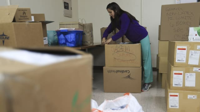 With FEMA Overwhelmed, It's Up to Nurses Left to Feed Starving Puerto Ricans