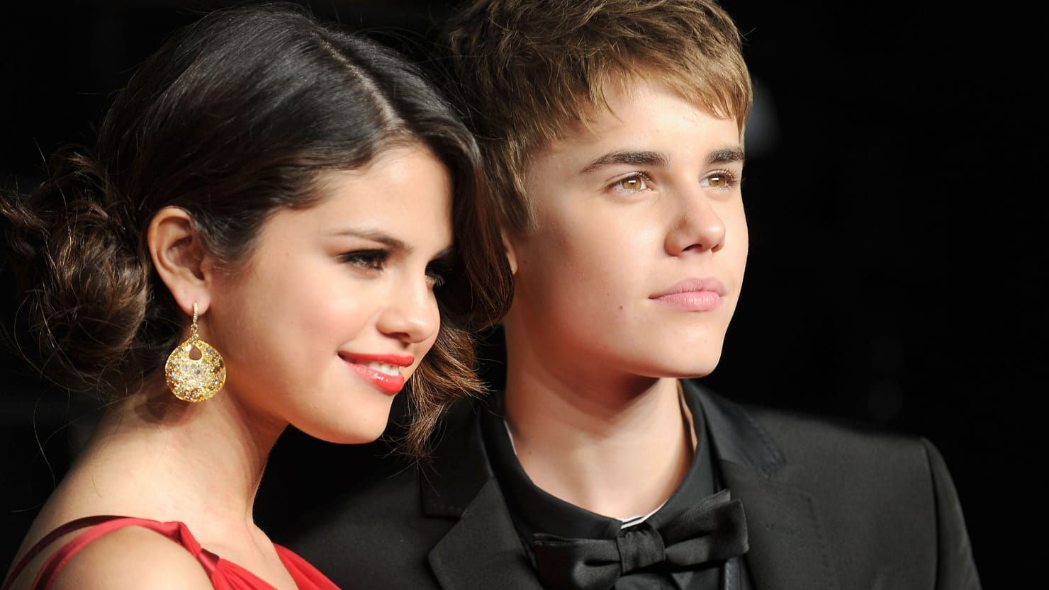 Is selena gomez dating justin bieber against abortion