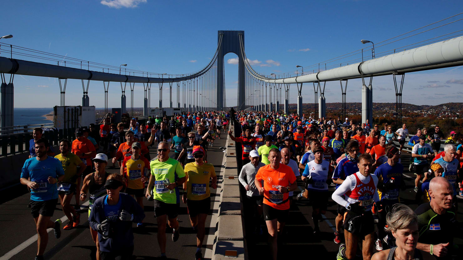 the 2017 new york city marathon start time and how to live stream
